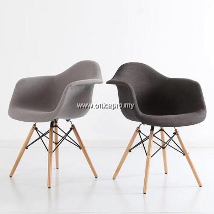 IPDC-12 DAW Eames Cushion Chair